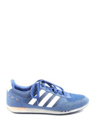 Adidas Zapatilla brogue azul-blanco look casual