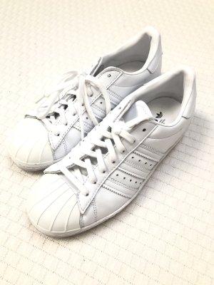 Adidas Originals Basket à lacet blanc