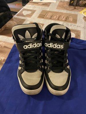 Adidas Schuhe Gr 38