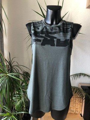 Adidas Shirt dunkelgrün S/M