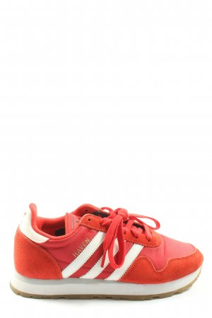 Adidas Skater Shoes red casual look