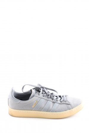Adidas Skater Shoes blue-cream casual look