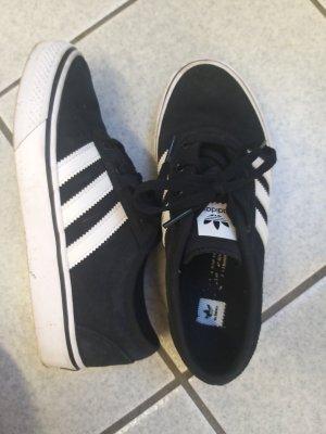 Adidas Skateschuhe