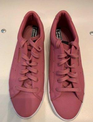 Adidas Sleek in Größe 38