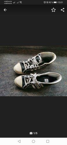 Adidas sleek series Sneaker Schuhe gr. 9 43
