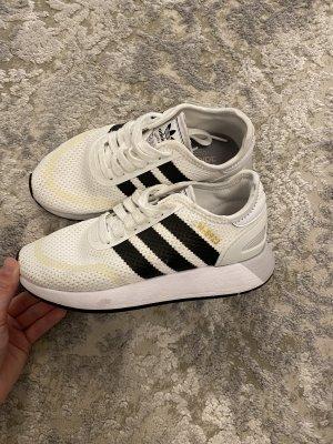 Adidas Sznurowane trampki biały-czarny