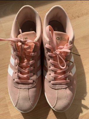 Adidas NEO Basket à lacet rose clair