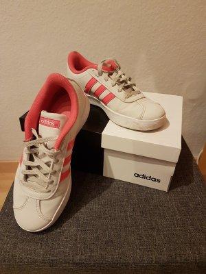 Adidas Sneaker grau/pink