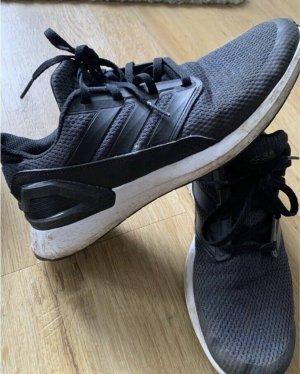Adidas Sneaker Größe 40