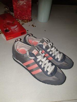 Adidas Sneaker in Größe 37,5