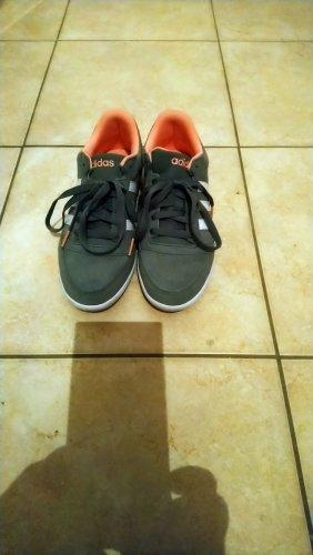 Adidas Sneaker stringata grigio
