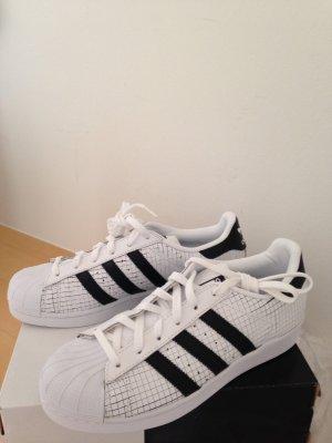 Adidas, Sneaker, neu, in Gr.40, Leder, in Weiß, NP: 149€