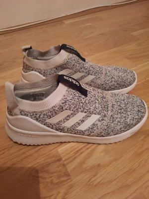 Adidas Sneaker Neuwertig