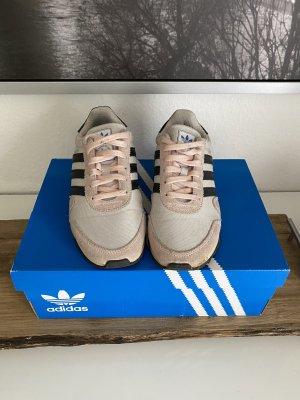 Adidas Sneaker rosa schwarz weiß