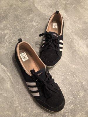 Adidas Sneakers Leder Gr 40,5. KP 120€