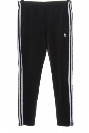 Adidas Trackies black-white themed print casual look