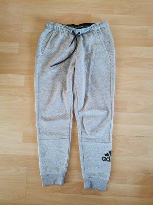 Adidas Sporthose Sweathose Jogginghose Gr. 38/40 M NEU