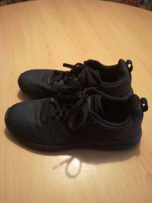 Adidas Sportschuhe Gr. 40