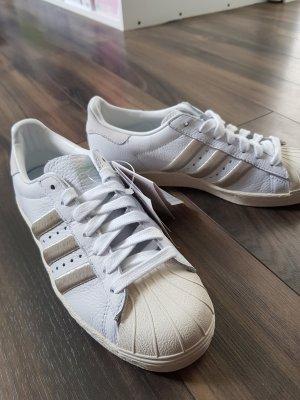 Adidas Originals Sznurowane trampki biały-złoto