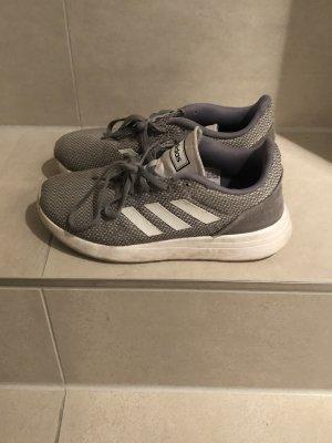 Adidas Sportschuhe Turnschuhe Sneaker grau weiss