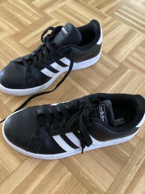 Adidas Sportsneaker