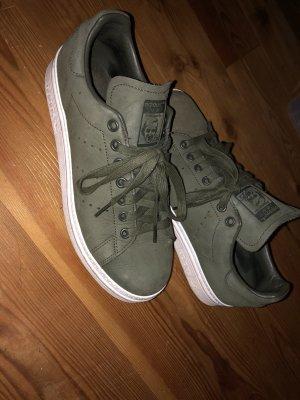 Adidas Originals Basket à lacet gris vert-kaki