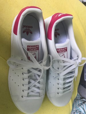 adidas stan smith Lace-Up Sneaker white-magenta