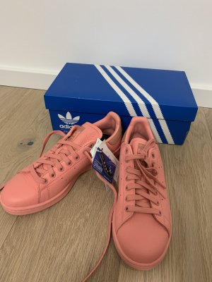adidas stan smith Lace-Up Sneaker pink