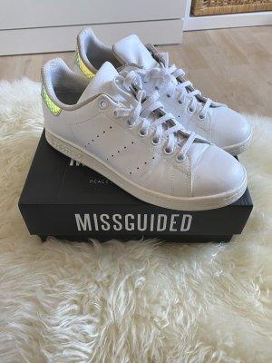 Adidas Originals Sznurowane trampki biały
