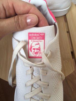 adidas stan smith Basket à lacet blanc-rose