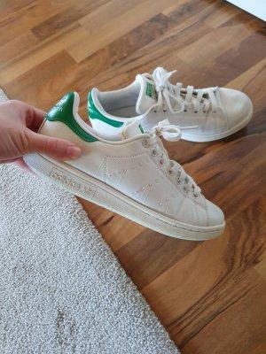 Adidas Stan Smith weiße Sportschuhe