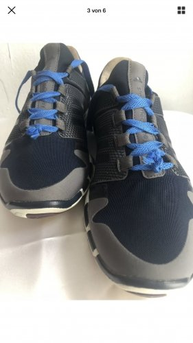 Adidas by Stella McCartney Chaussures à lacets bleu