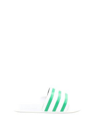 Adidas Sandalias de playa blanco-verde estampado a rayas look casual