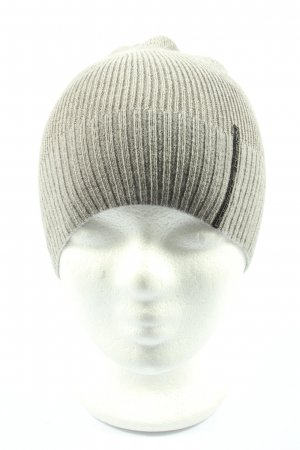 Adidas Sombrero de punto gris claro look casual