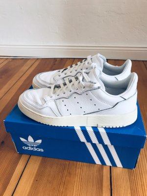 Adidas Supercourt 'Home of Classics', Gr. US 7, UK 6 1/2, unisex, crystal white, 2 mal getragen