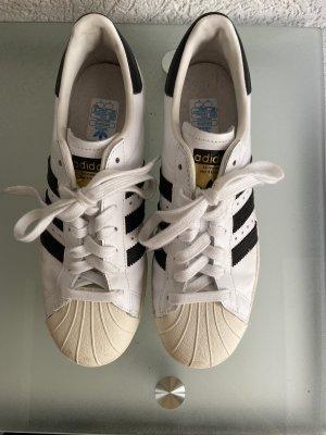 Adidas superstar Chaussures à lacets noir-blanc