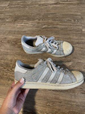 Adidas Superstar mit Glitzer