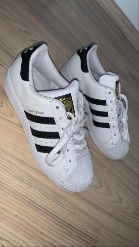 Adidas Superstar !Neu!