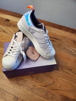 Adidas Originals Baskets semelle plateforme  gris clair-vieux rose