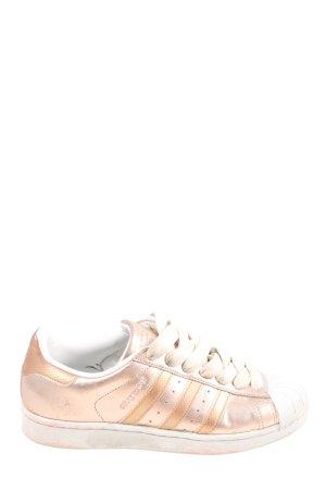 Adidas superstar Zapatilla brogue rosa look casual