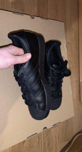 Adidas Sznurowane trampki czarny Skóra