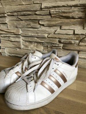 Adidas Superstar weiß-gold