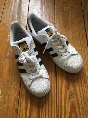 Adidas*Superstar*weiss*schwarz*wie neu
