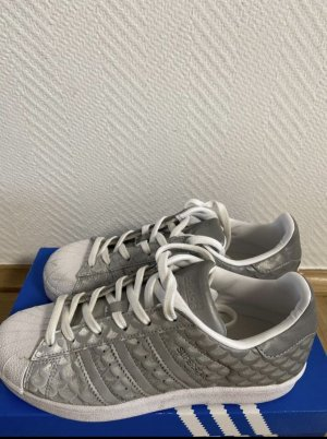 Adidas Originals Lace-Up Sneaker white-silver-colored