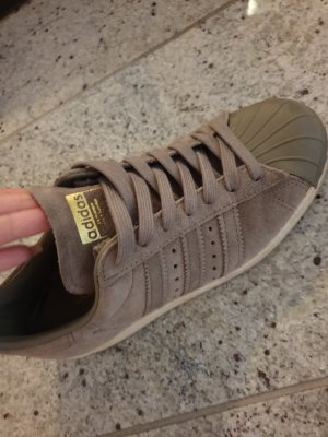 Adidas Originals Sneakers met veters khaki