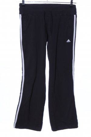 Adidas Sweathose schwarz-weiß Schriftzug gestickt Casual-Look