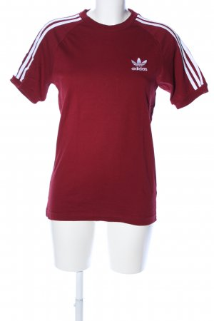Adidas T-shirt rood-wit gedrukte letters casual uitstraling