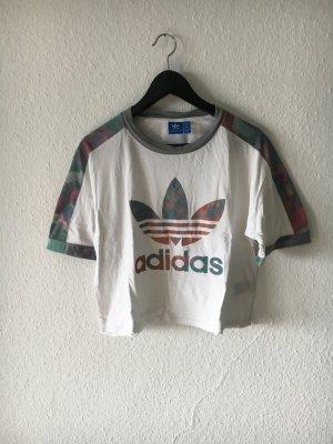Adidas T-Shirt gemustert