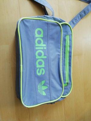 Adidas Bolso folclórico multicolor