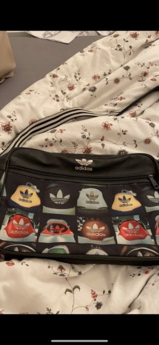 Adidas Tasche schwarz